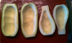halbierte Zucchini