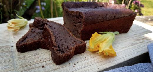 Zucchnibrot Zucchinikuchen mit Schokolade und Joghurt