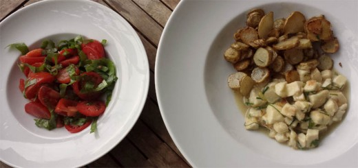 Pilzragout Riesenbovist gebratener Topinambur Tomatensalat mit Sauerampfer