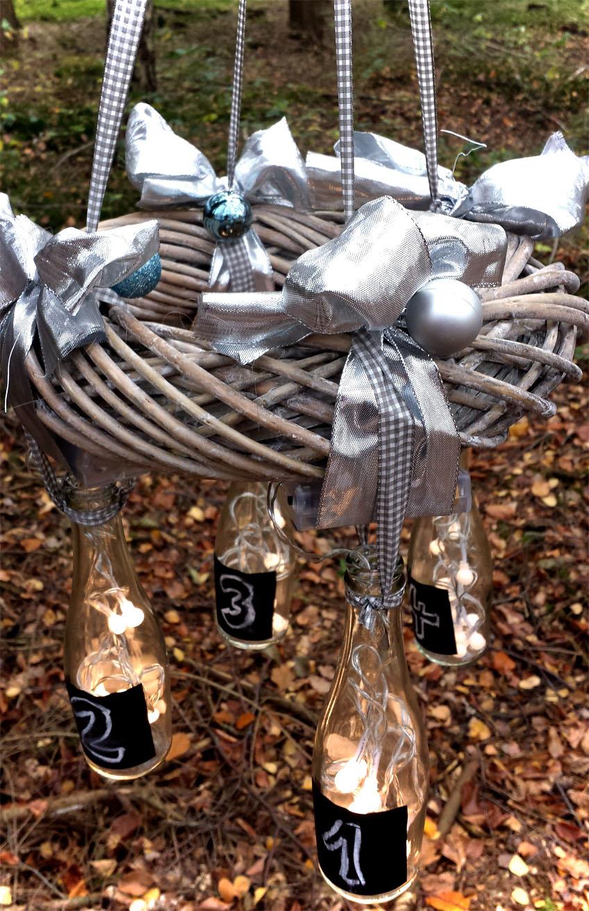 DIY Adventskranz mit Flaschen