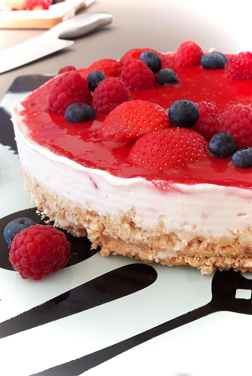 Cheesecake ohne Backen mit Erdbeeren