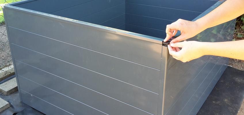 Hochbeet aus Metall aufbauen