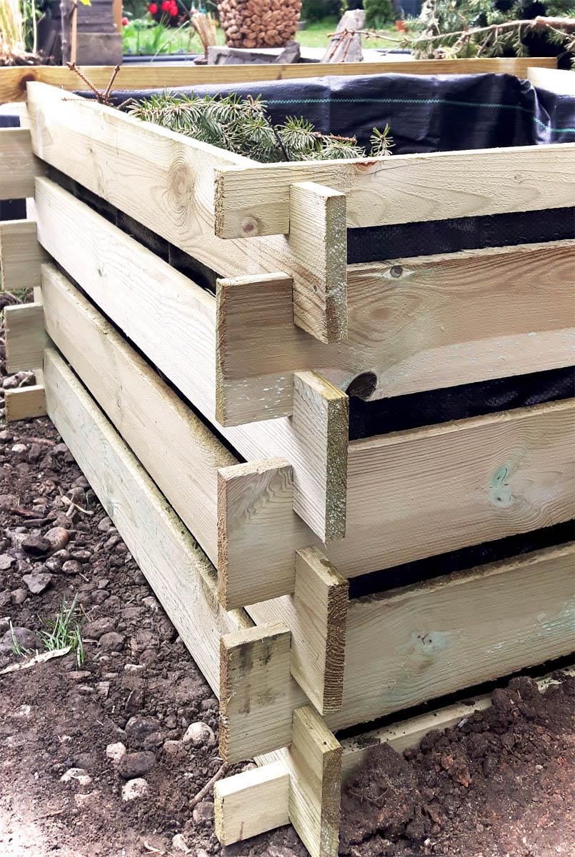 DIY Pflanzkübel selbst gemacht aus Holzkomposter