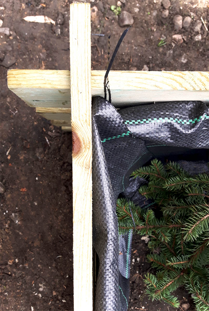 DIY Pflanztrog selbstgemacht aus Holzkomposter