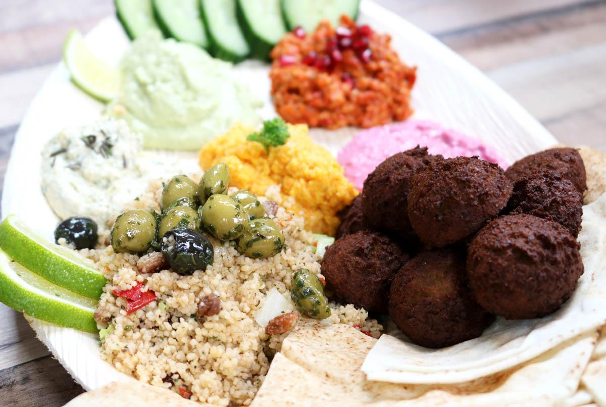 Maza Mezze Hummus Varianten_2