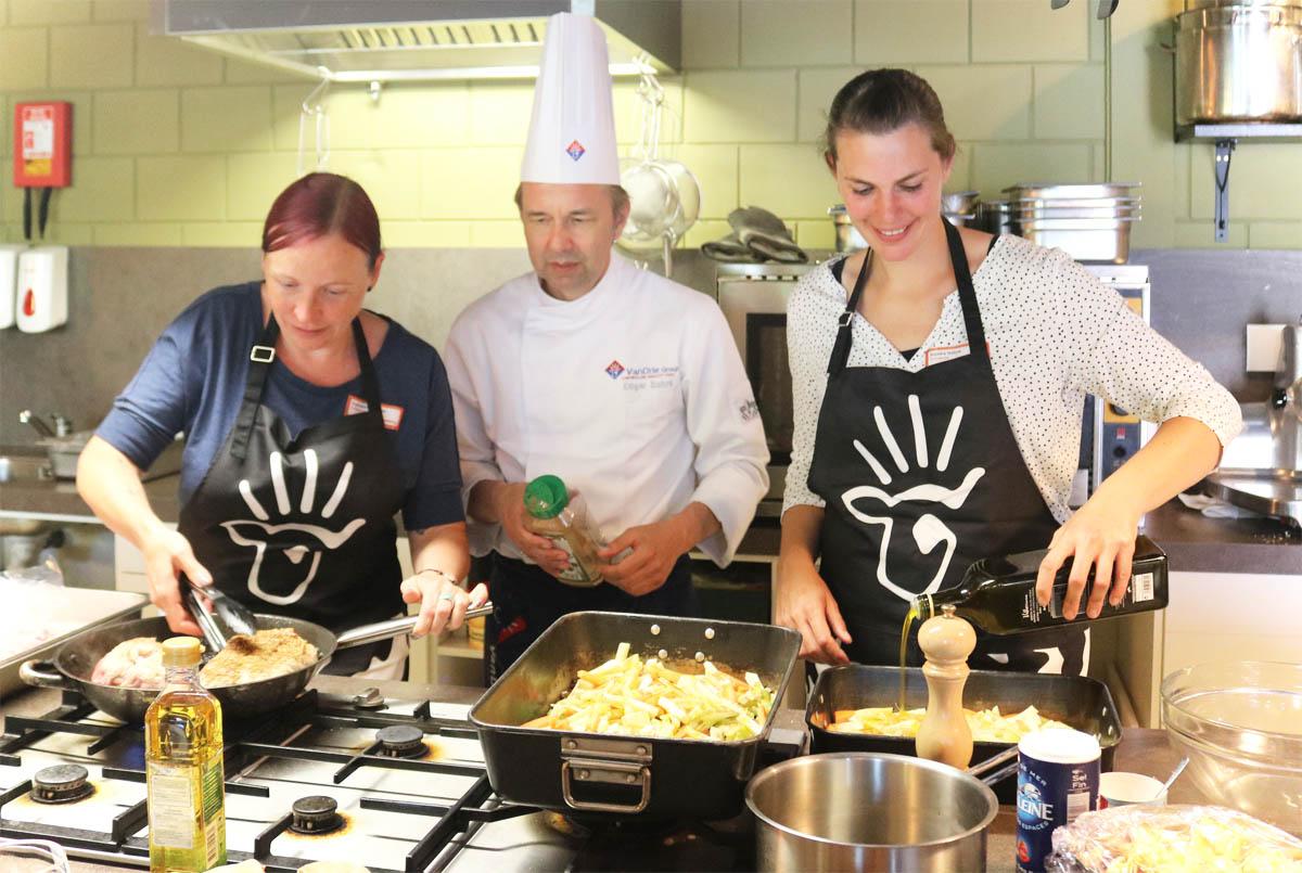 VanDrie Group Kalbfleischmenü Bloggerreise Holland für Entdecker