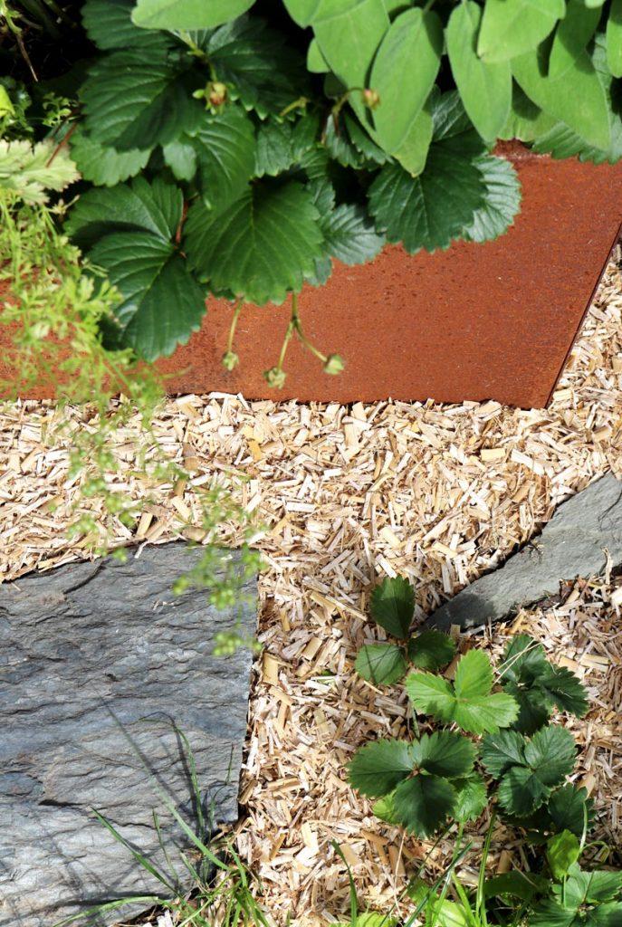 Alternative zu Rindenmulch Miscanthus Häcksel