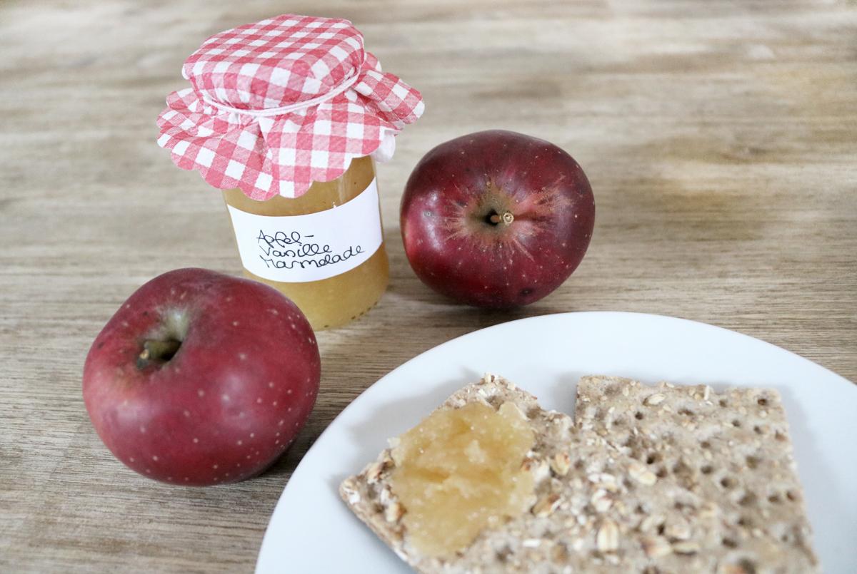 Apfelmarmelade mit Vanille und Salz
