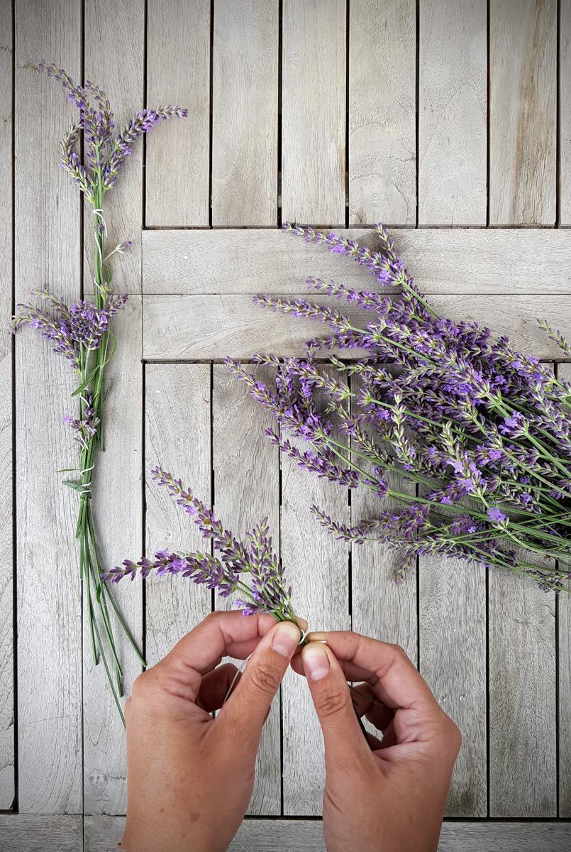 Lavendel DIY Girlande für Gartenparty