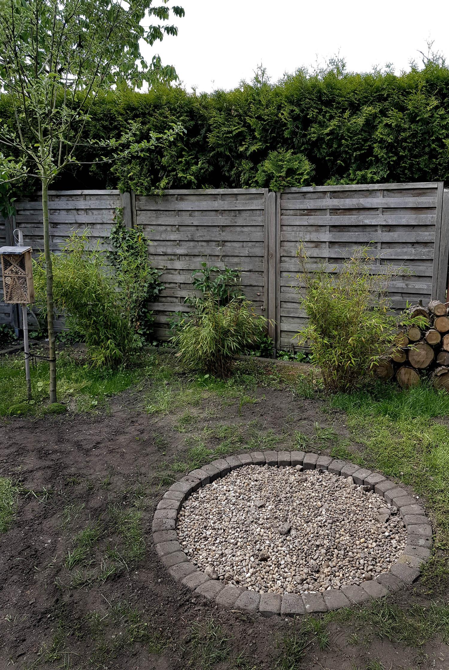 Feuerstelle bauen im Garten 07   grüneliebe