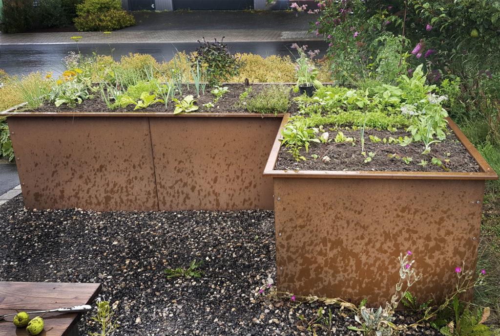 Hochbeet bauen im Herbst | Optimaler Standort und schichtweise Befüllung | Vorgestellt: Das modulare Hochbeet TERENO aus Stahl