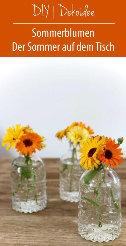 Sommerblumen: Der Sommer auf dem Tisch