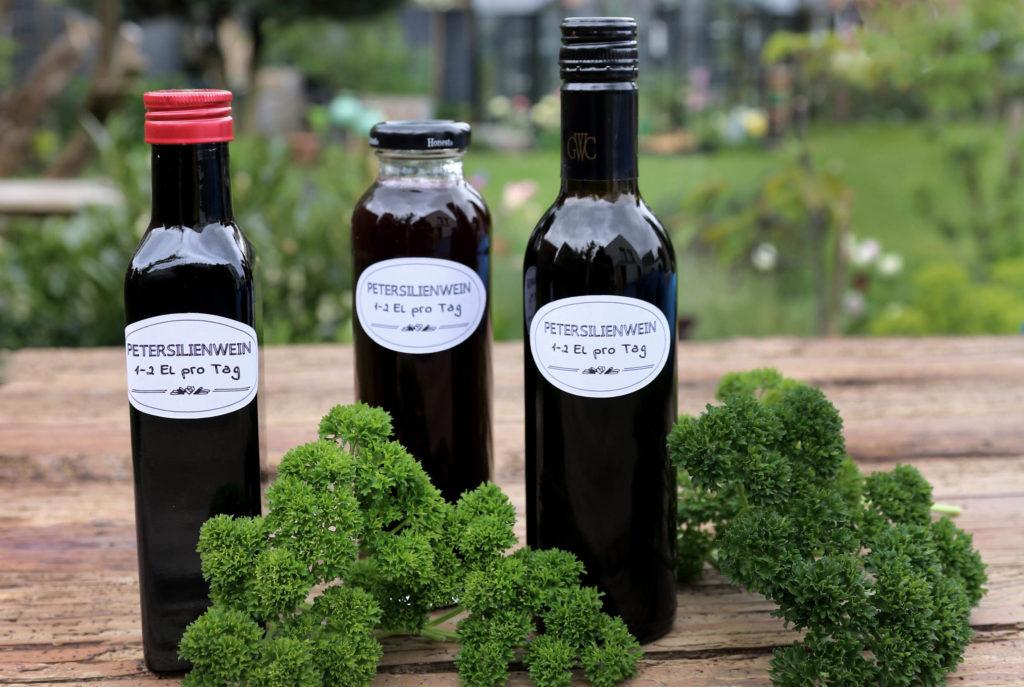 Petersilienwein Herzwein aus Petersilie